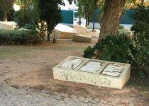 בפעם השלישית: אנדרטת השואה באתונה הושחתה