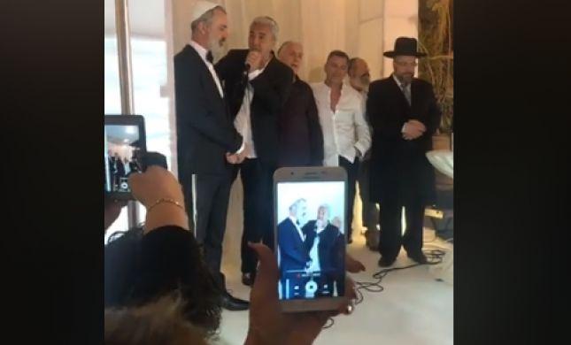 לכבוד חתונת אחיו: קובי פרץ השתחרר מהכלא• צפו