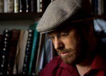 'הולך ומאיר': איתן קלינמן בסינגל חדש• צפו