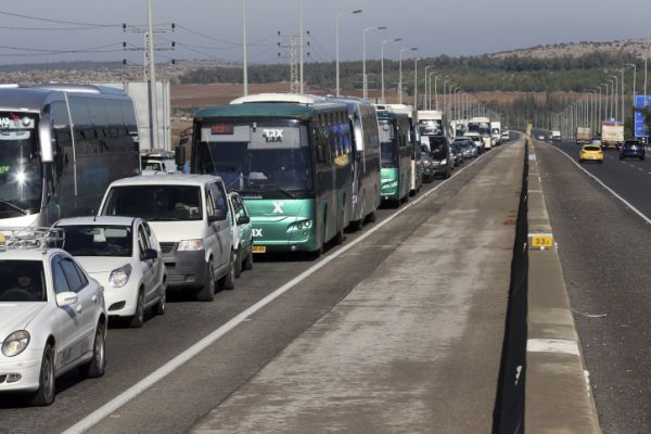 מחאה בכביש 1: עומסי תנועה כבדים צפויים מחר