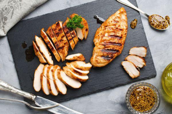 לקראת שבת: מתכון לחזה עוף בטעם מיוחד