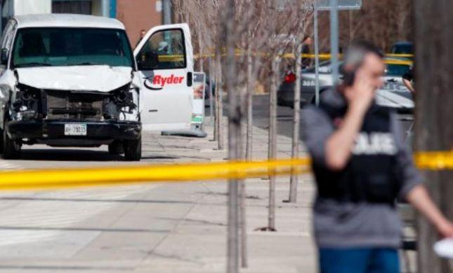 """""""לא מדובר בתאונה"""": 10 הרוגים בפיגוע דריסה בקנדה"""