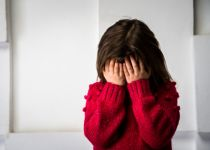 מחריד: התעללו מינית בבתם כי התלבשה לא צנוע