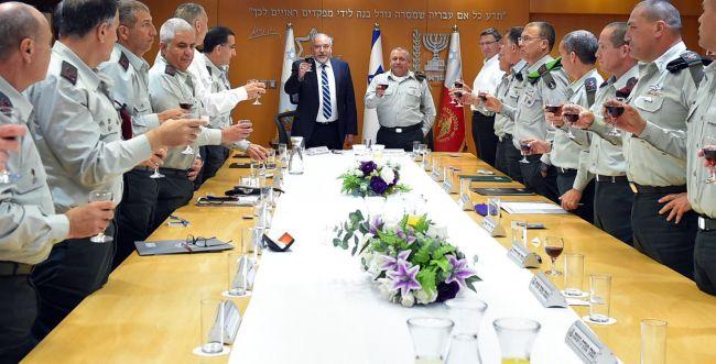 2 חזיתות: ליברמן על האתגרים הביטחוניים של ישראל