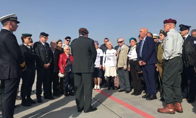 """צפו: משלחת צה""""ל נחתה בפולין לקראת מצעד החיים"""