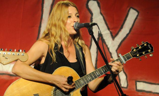 זמרת ישראלית ביטלה הגעה לטקס הזכרון האלטרנטיבי