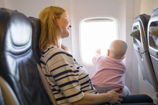האם ניתן לטוס תוך כדי הריון?