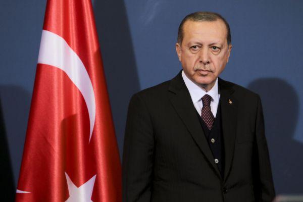 טענות בטורקיה: נרשמו זיופים בבחירות לנשיאות