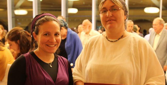 ערב מתן תורה: שתי נשים נוספות הוסמכו כפוסקות