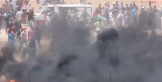 4000 פלסטינים מתעמתים בגבול עזה; שני הרוגים