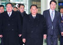 """מחדשים את השיחות: בכירי צפון קוריאה הגיעו לארה""""ב"""