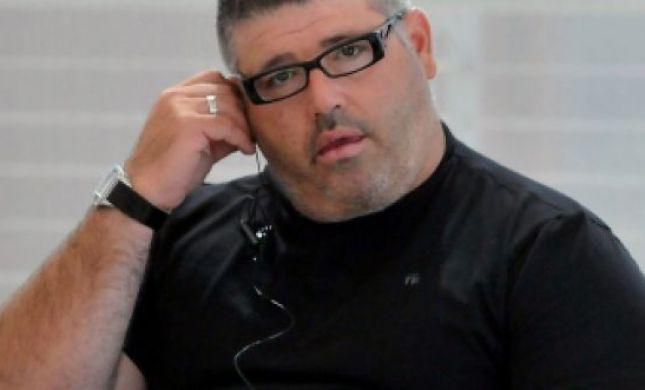 רני רהב תובע את העיתונאי שכינה אותו 'חזיר חניה'