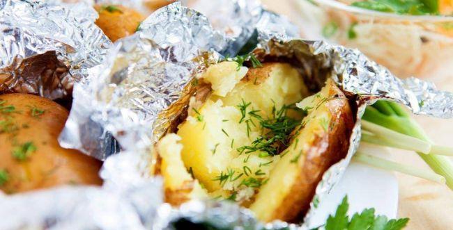 גם בלי מדורה: מתכונים מדליקים לתפוחי אדמה