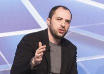 לא הסכים עם צוקרברג: מייסד ווטסאפ התפטר