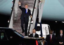 מוכן לפסגה עם קוריאה: טראמפ נחת בסינגפור