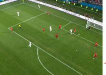 רונאלדו הימם את ספרד עם שלושער. צפו