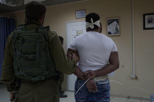 המחבל שדרס 3 חיילים; הסגיר את עצמו לידי צה״ל ושב״כ