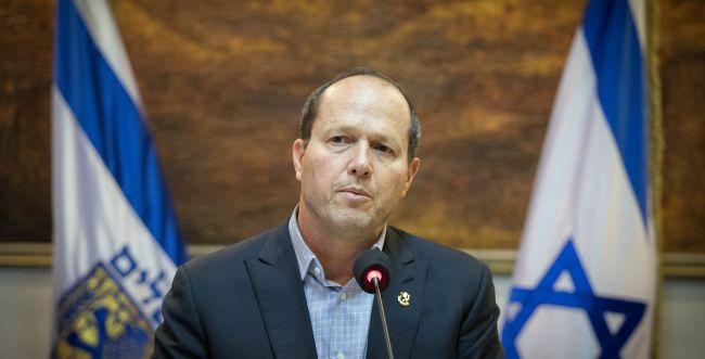 ישראלכץ יותר מתאים להיות ראש ממשלה מאשר גדעון סער שיש מאחוריו עבר בעייתי מאוד שעלל לשלוח אותו לכלא לכאורה %D7%A0%D7%99%D7%A8-%D7%91%D7%A8%D7%A7%D7%AA-56__w650h331q80