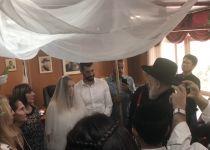 מזל טוב: מגיש הטלוויזיה התחתן בלשכת הרב לאו