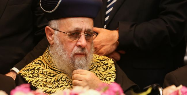 """הרב יצחק יוסף תוקף: """"ספק אם ניתן לסמוך על הבד""""צ"""""""