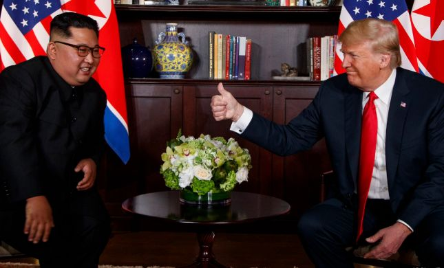 בדרך לפסגה נוספת עם קים: טראמפ ימריא היום לוייטנאם