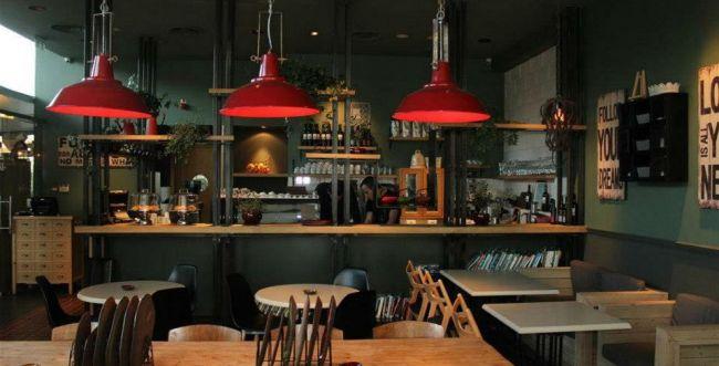 קפה, נשמה?| ביקורת מסעדות| ''עלמא''