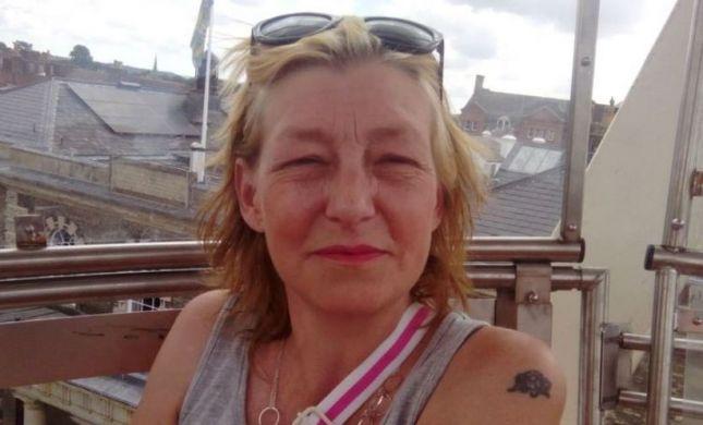 שנה להרעלה בבריטניה: בנה של ההרוגה פונה לפוטין