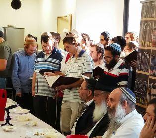 חדשות המגזר, חדשות עולם הישיבות, מבזקים סיום הזמן בישיבת רמת גן: 52 סיומי מסכתות