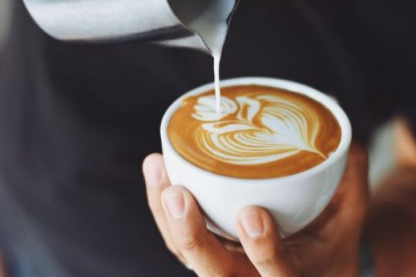 מפתיע: כמה כוסות קפה יגרמו לכם להאריך חיים?