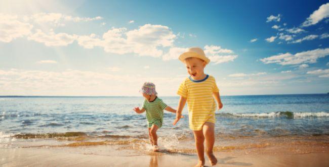 פסק: אסור לנשים לרחוץ בחוף נפרד עם מציל