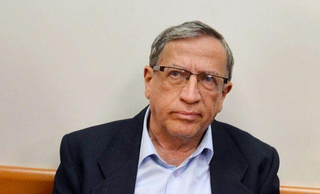 """הפרקליטות סגרה את תיק החקירה נגד ראש עיריית ר""""ג"""