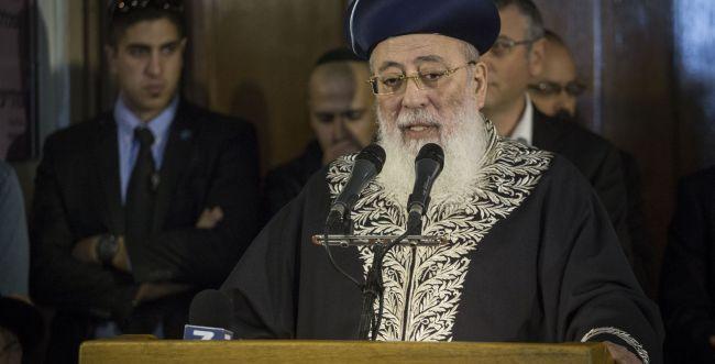 הרב עמאר: הרב מלמד נפל לבור תחתית; להתפלל עליו