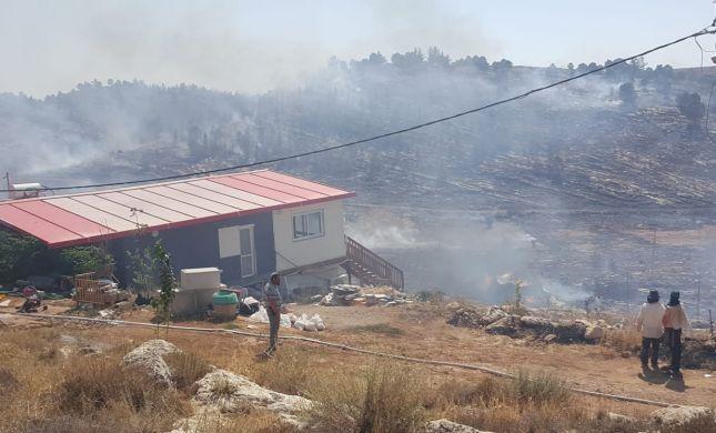 שריפת ענק בגוש עציון: תושבי בת עין פונו מבתיהם