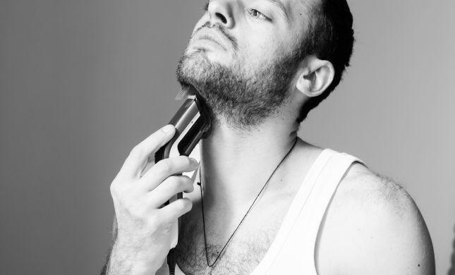 האם מותר להתגלח בראש חודש אב שחל ביום שישי?