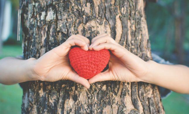 ממתבגרת לאישה: איך לומדים מהי נשיות בריאה ?!