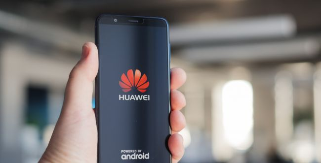לא רק גוגל: עשרות חברות מצטרפות לחרם על וואוויי