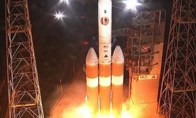 """צפו: נאס""""א שיגרה חללית שתגיע לשמש"""