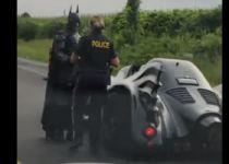 שיגע את הרשת: למה המשטרה עצרה את באטמן?