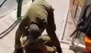 """חדשות, חדשות צבא ובטחון, מבזקים תיעוד: מג""""ד בגבעתי מרתק לרצפה חייל שרצה לברוח"""