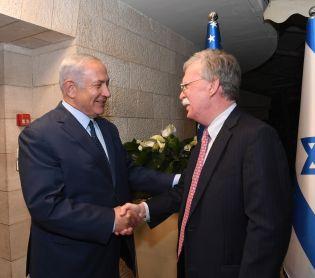 """חדשות, חדשות פוליטי מדיני, מבזקים יחסי ישראל ארה""""ב: נתניהו נועד עם היועץ לביטחון לאומי של ארה""""ב"""