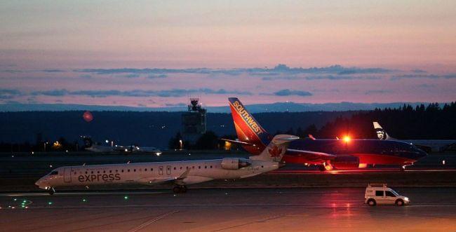 """ארה""""ב: מטוס נוסעים נגנב על ידי עובד בשדה התעופה"""