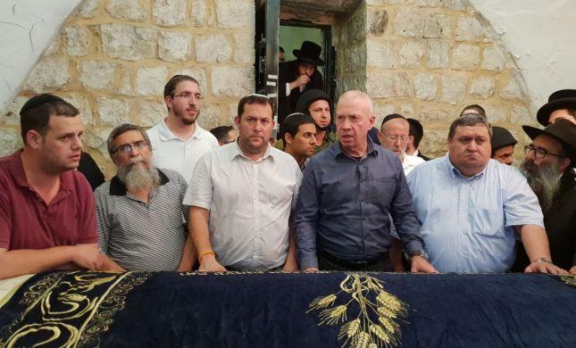 תחת אבטחה כבדה: 3000 איש נכנסו לקבר יוסף בשכם