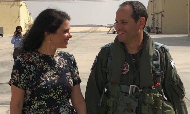 לראשונה: שקד חושפת את הפנים של בעלה הטייס