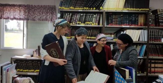מכתב הרבניות מוכיח שפמיניזם אינו מילה גסה