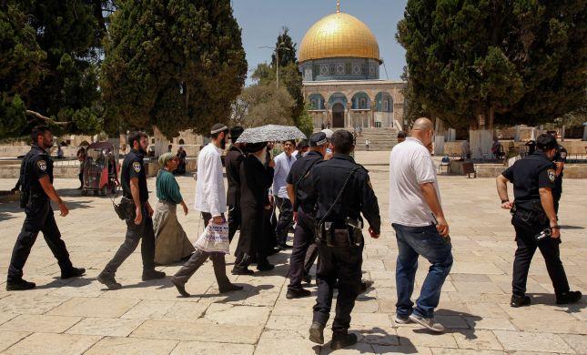 מתוקף איזה חוק, אסור ליהודים להתפלל בהר הבית?