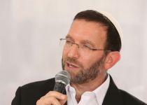 """למה כן חתמתי על מכתב הרבנים אל הלהט""""בים?"""