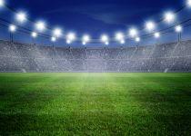 חייו של אדם לא מתחלקים בין בית המדרש למגרש הכדורגל