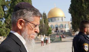 חדשות המגזר, חדשות קורה עכשיו במגזר, מבזקים צפו: הרב יצחק שילת פורץ בבכי מול מקום המקדש