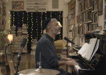 צפו: אביתר בנאי חושף את שיר המחאה היחיד שכתב