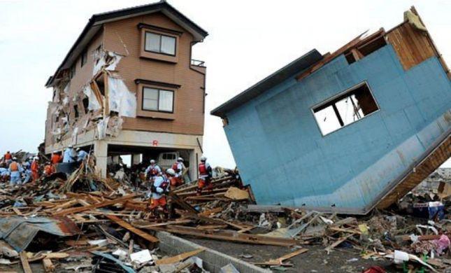 טרגדיה: לפחות 20 הרוגים בסדרת אסונות ביפן